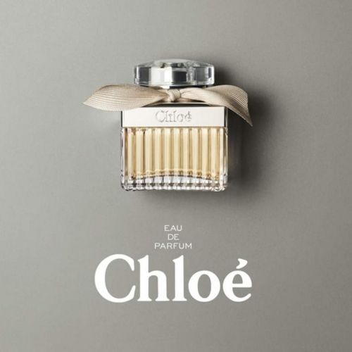 Chloé Signature, a modernized rose for a liberated woman